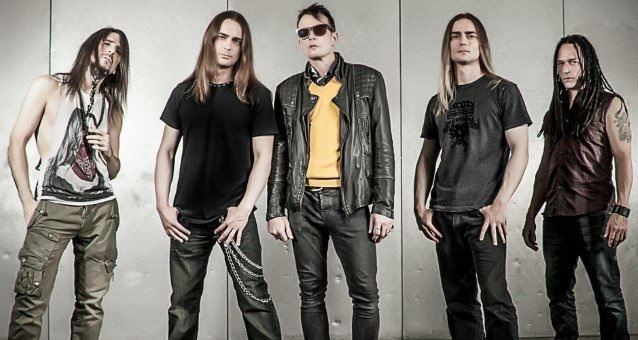 Art of Anarchy - band 2015