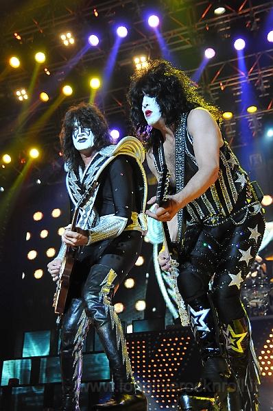 Kiss-22.JPG