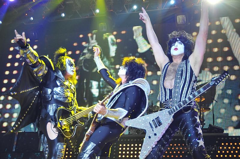 Kiss-27.JPG