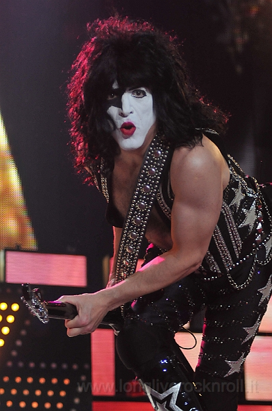 Kiss-39.JPG
