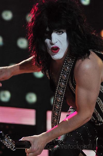 Kiss-51.JPG