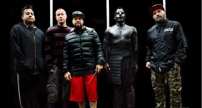 "I Limp Bizkit suonano ""For Whom The Bell Tolls"" dei Metallica a Tilburg, il video"