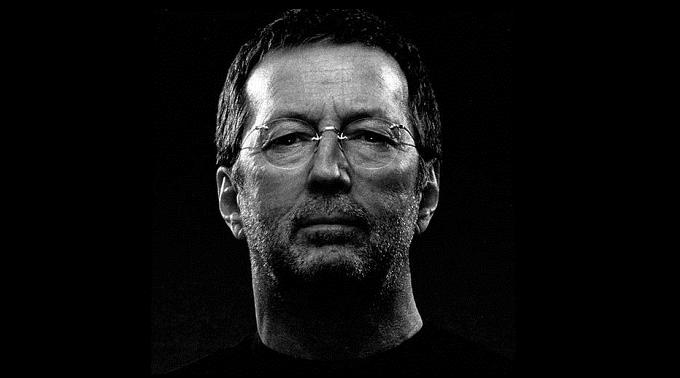 Eric Clapton - In sedia a rotelle a causa di una bronchite... la foto...