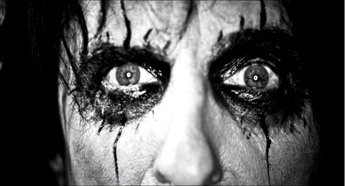 Alice Cooper - Video on Line: 'The Sound Of A'