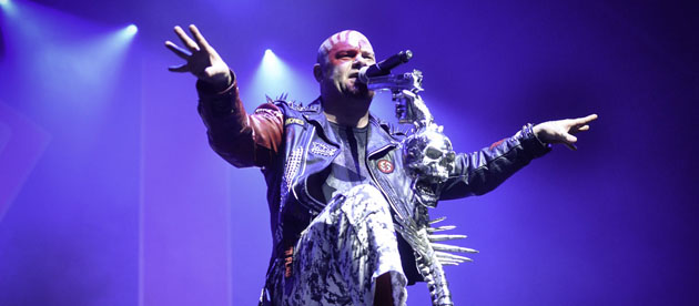 FIVE FINGER DEATH PUNCH - Il nuovo brano Fake