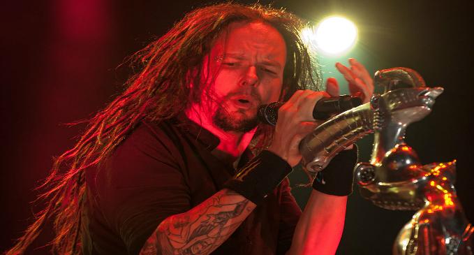 Jonathan Davis: nuovo album da solista nel 2018 per il cantante dei Korn