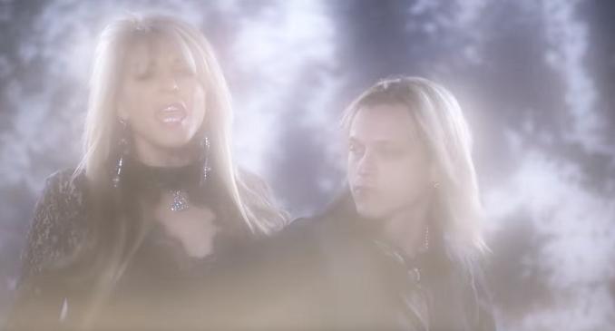 Janet Gardner - Video on Line per l'ex singer delle Vixen: 'Candle'