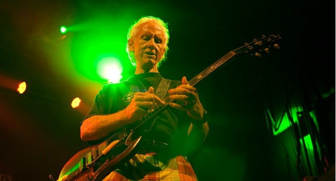 The Doors - Robby Krieger compie 72 anni