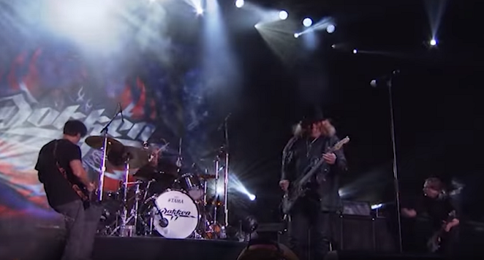 Dokken - Video on Line dal live 'Return To The East Live 2016'. Si tratta di 'In My Dreams'