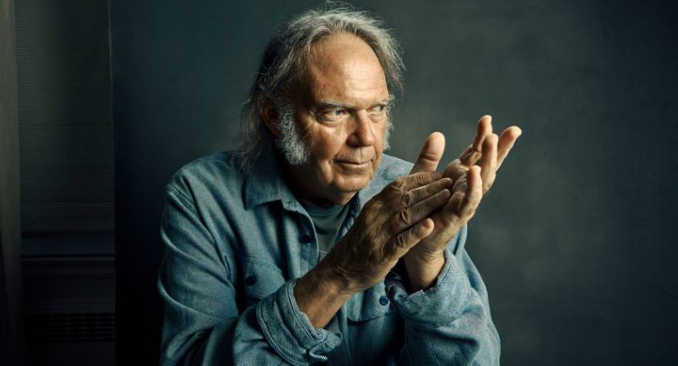 Neil Young: in arrivo un nuovo live album, 'Song For Judy'