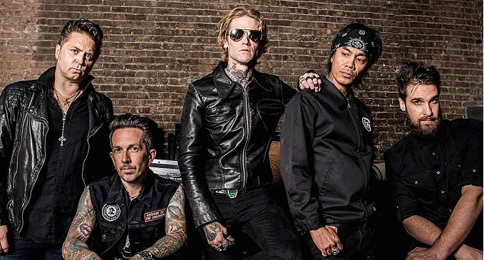 Buckcherry - Nuovo brano on line: 'Warpaint'