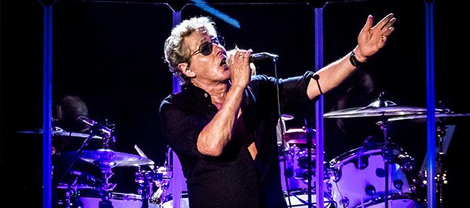 """Roger Daltrey (The Who) contro le canne: """"basta fumare ai concerti"""""""