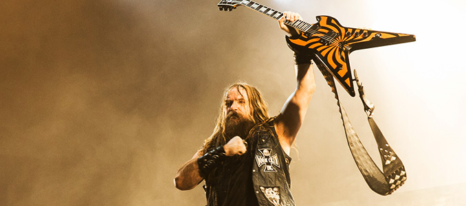 Zakk Wylde sta riregistrando l'intero album di debutto dei Black Sabbath in 24 ore come l'originale!