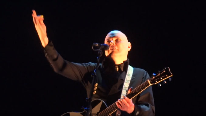 Billy Corgan, leader degli Smashing Pumpkins, a breve in Italia. Info biglietti, setlist e video