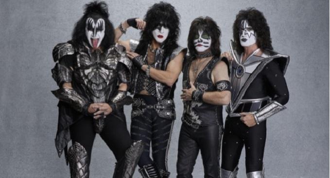 Gene Simmons difende i Kiss a causa delle accuse sui loro biglietti troppo cari