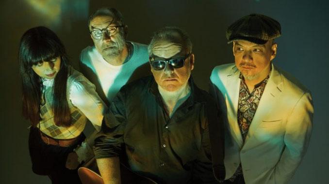 """PIXIES: il video di """"On Graveyard Hill"""", primo estratto dal nuovo album """"Beneath The Eyrie"""""""