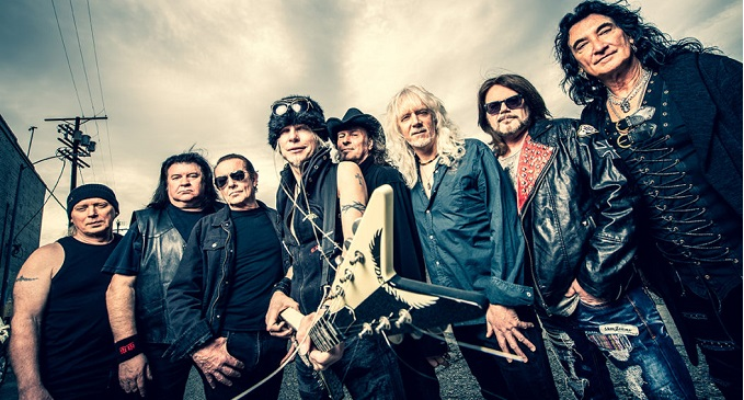 Micheak Schenker Fest - Secondo singolo e video, 'Sleeping With The Light On', dal nuovo 'Revelation'