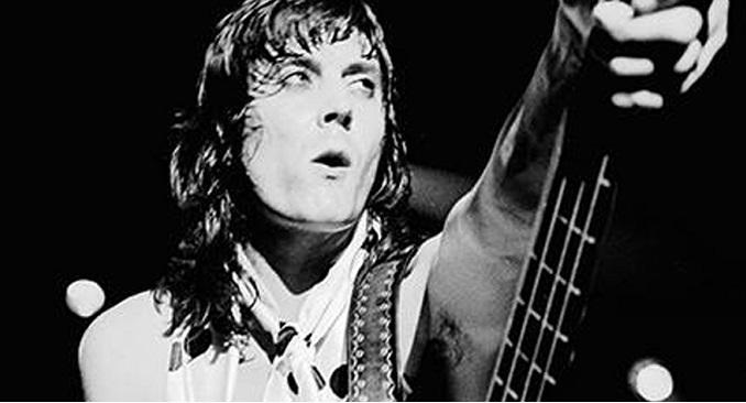Auguri a Pete Way, mitico bassista degli UFO, che oggi compie 68 anni