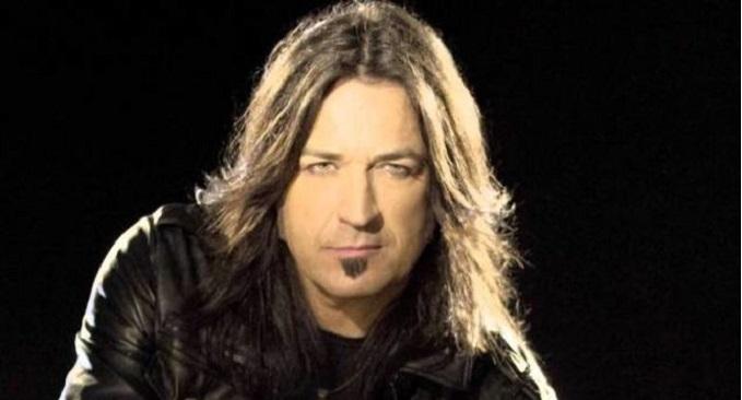 Michael Sweet - Guarda il lyric video 'Son of Man' del cantante degli Stryper con Todd LaTorre (Queensryche) e Andy James