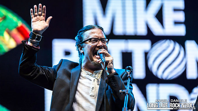 "Mike Patton canta a sorpresa ""Retrovertigo"" dei Mr. Bungle al concerto di Prato. Il video"