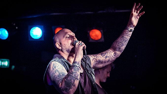 """SOILWORK: il video della nuova """"Feverish"""" e la nuova versione di 'Stålfågel' feat. Alissa White-Gluz degli Arch Enemy"""