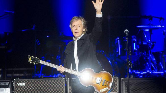 Paul McCartney presenta in anteprima due nuovi canzoni. Oggi iniziano le prevendite dei concerti di Napoli e Lucca
