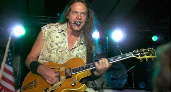 Ted Nugent - Auguri al possente chitarrista che oggi compie 71 anni